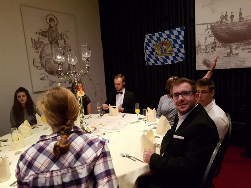 Bayerischer Jugendrat tagt parallel zum bayerischen Kanutag
